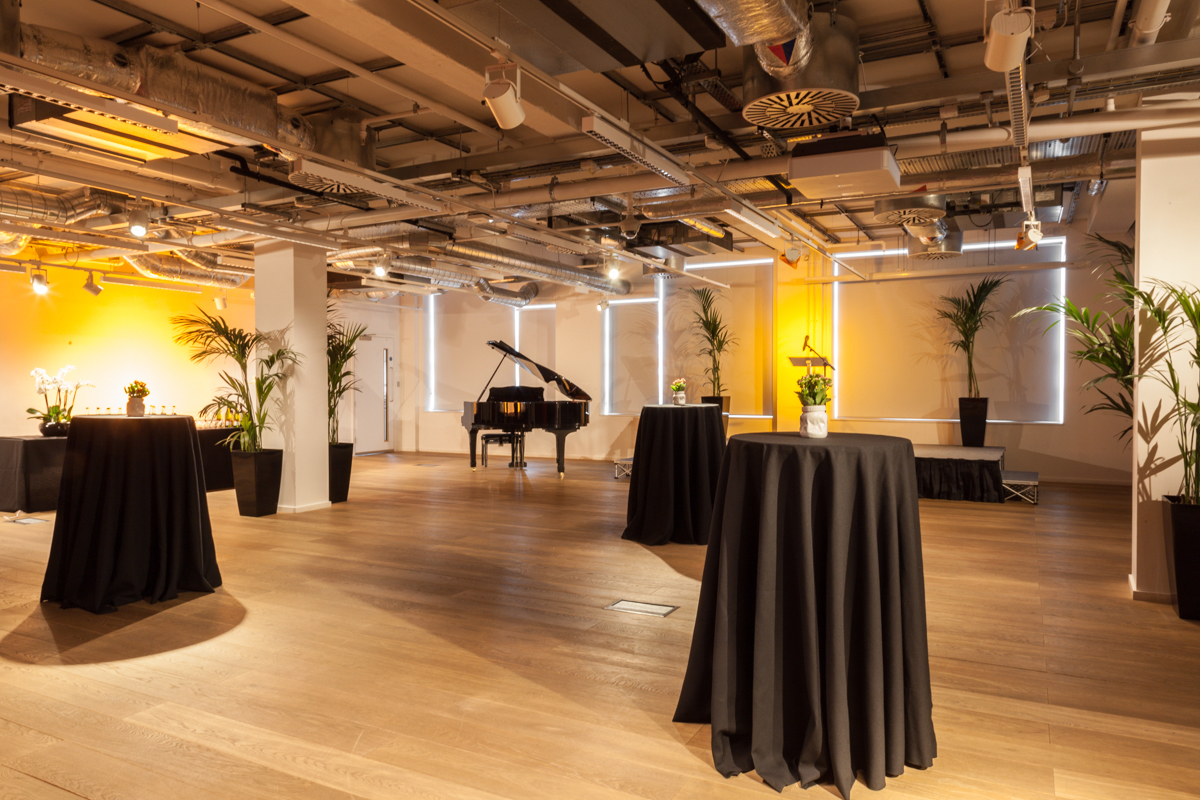 Level 6: A blank canvas space in the heart of literary London