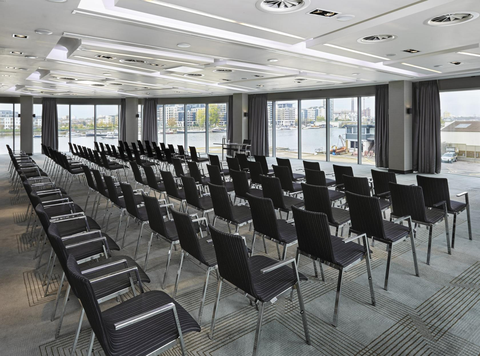 The Foxtrot is ideal for conferences, team meetings and away days.