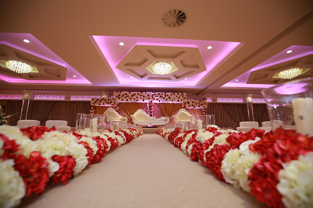 Popular for lavish celebrations, including Asian weddings, this beautiful ballroom features crystal chandeliers, LED mood lighting and a fantastic dance floor.