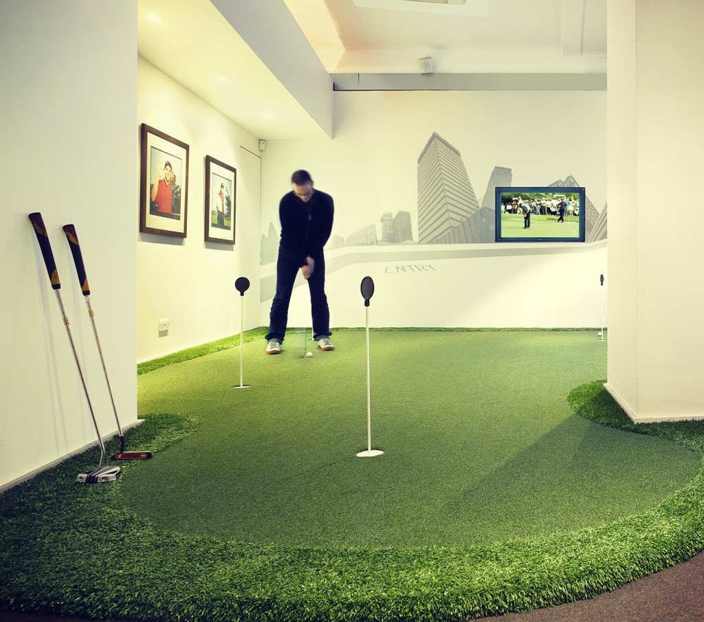 Urban Golf Soho is the perfect idea for an off-site event, whatever the weather!