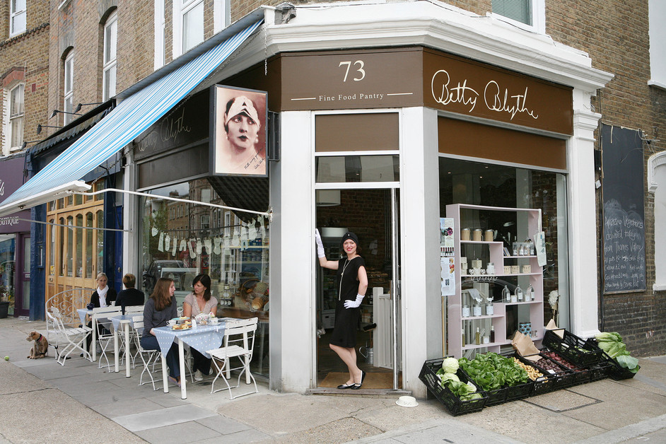 Looking for a disabled access venue for bridal shower or a girly gathering? Betty Blythe is a stylish tea party venue in Kensington. The space is fully accessible for disabled.