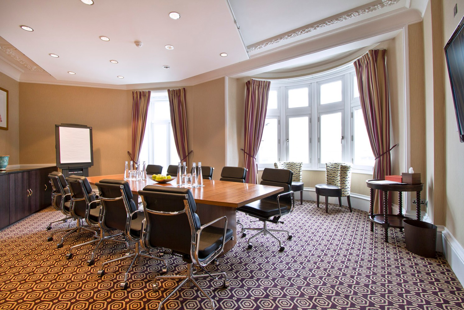 The Regal Boardroom at St Ermin's Hotel is just a short walk from this impressive meeting space.