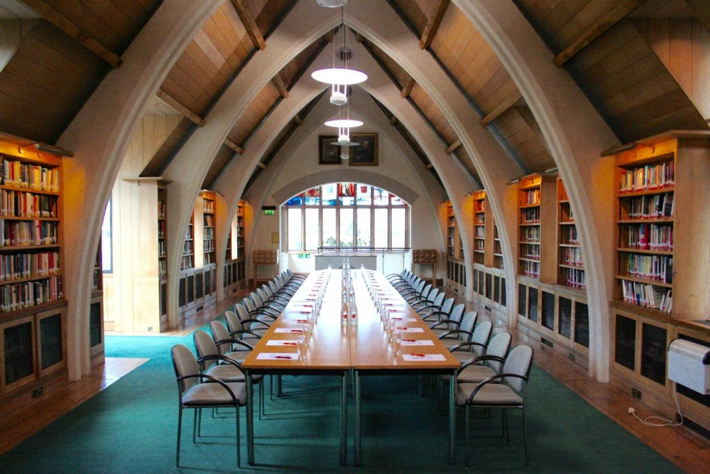 Garry Weston Library at Southwark Cathedral is an unusual meeting room with a historical touch.
