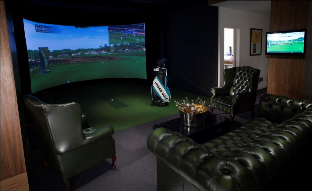 You can enjoy indoor golf all year around at Urban Golf Smithfield, London.