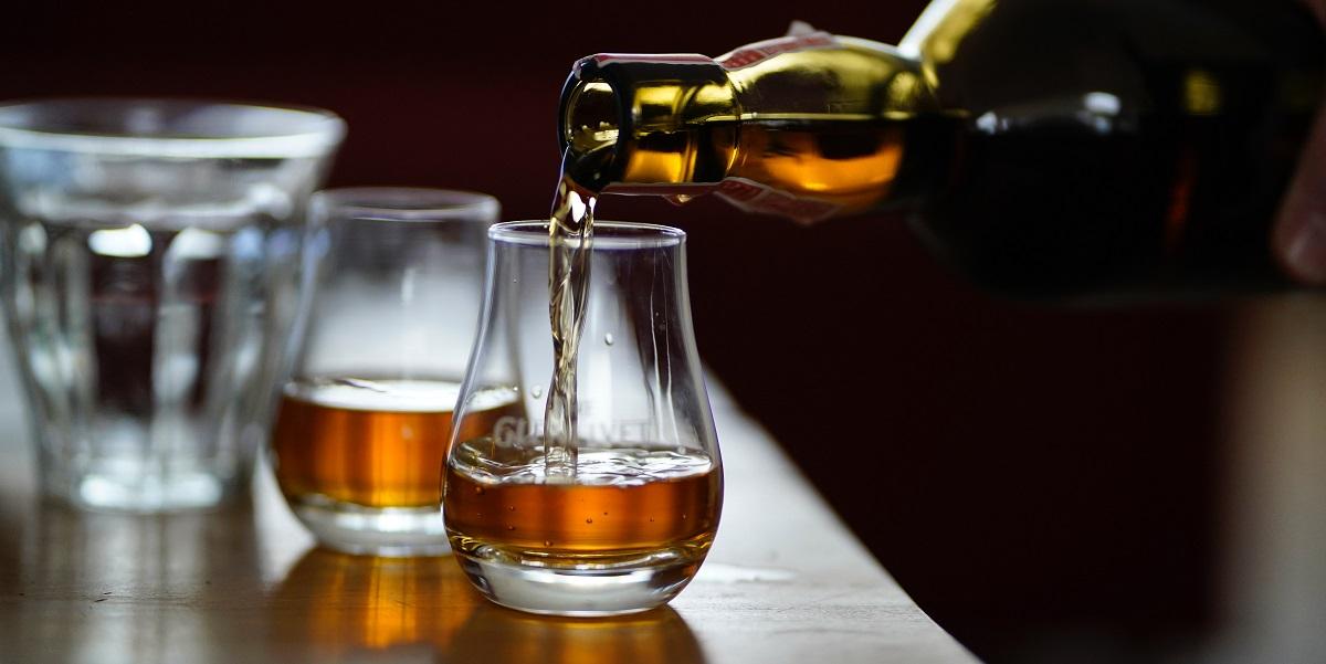 Corporate event ideas sydney -whiskey flights