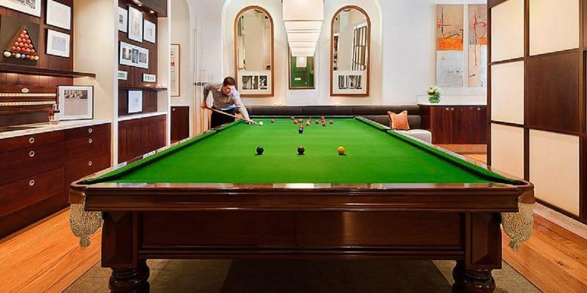 A boutique hotel in Melbourne CBD, Hotel Lindrum offers a brilliant billiard cocktail bar!