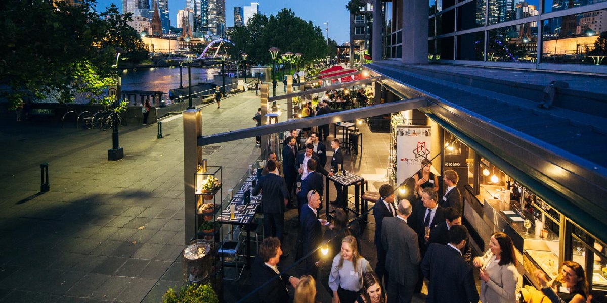 Ludlow Bar & Dining Room is a Southbank venue perfect for wining and dining with the entire team!