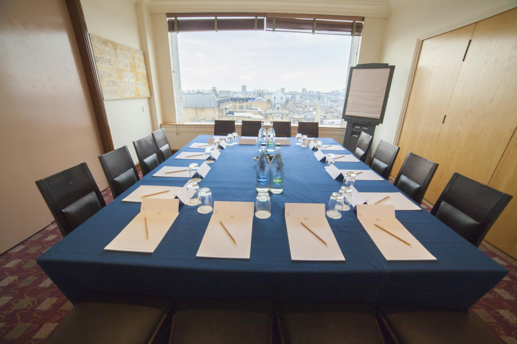 Saint Georges Hotel offers a beautiful meeting room with a view of the London skyline