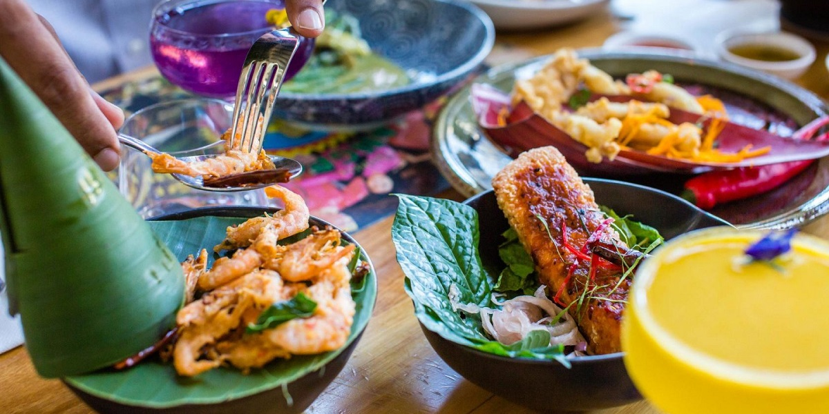BangPop, a Thai restaurant in South Wharf, offers fun cooking classes for team building sessions
