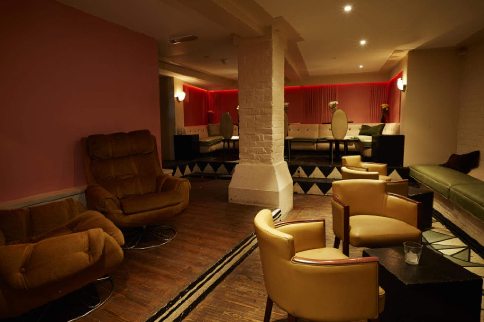 Deco lounge at big chill house private hire - Deco lounge hout ...