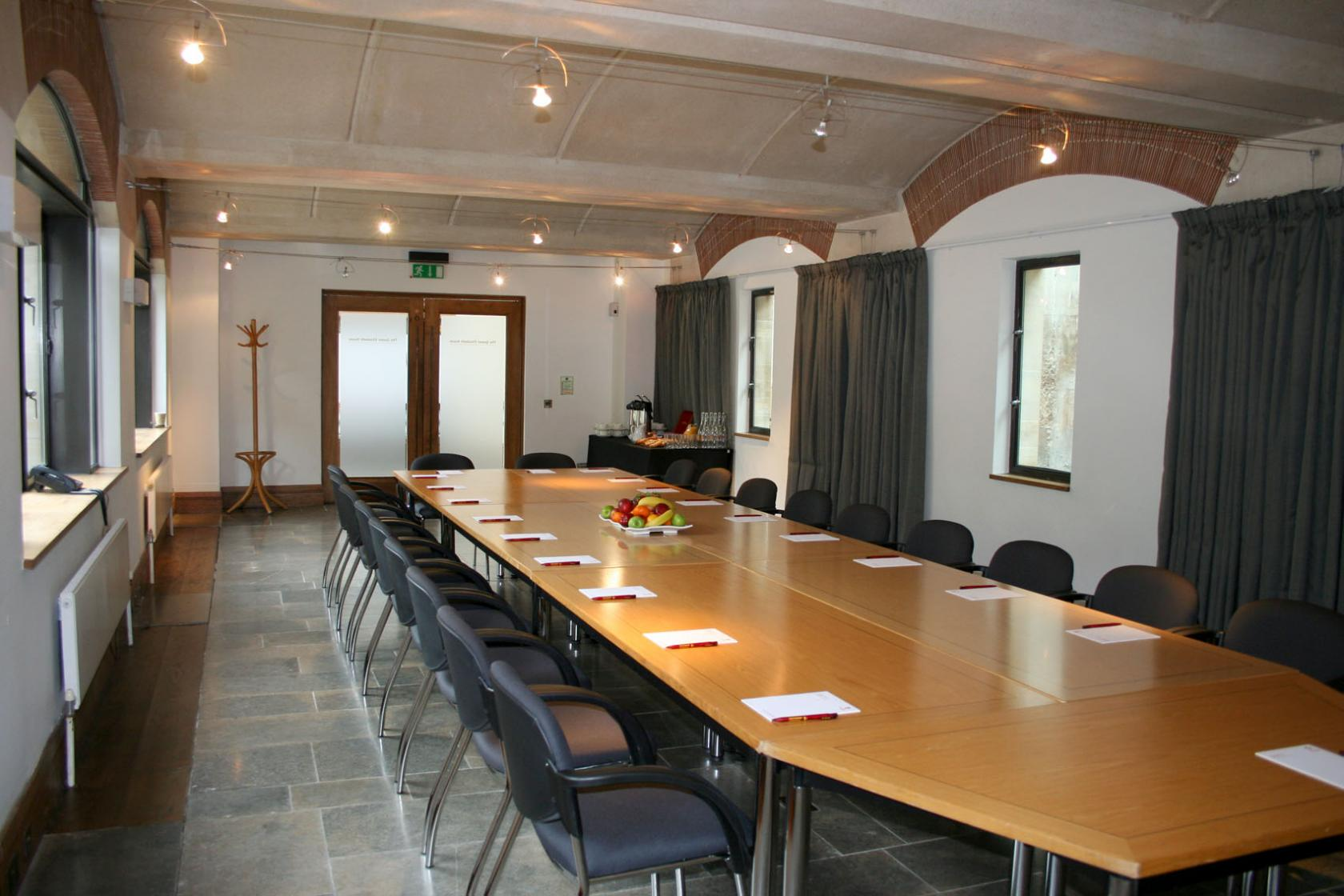Queen Elizabeth Room At Southwark Cathedral Private Hire